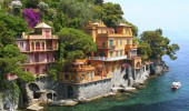 Seaside villas in Italy